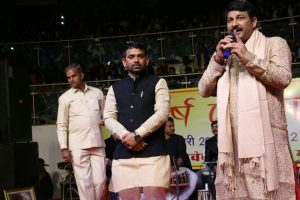 BJP Delhi chief Manoj Tiwari woos Poorvanchalis on Makar Sankranti
