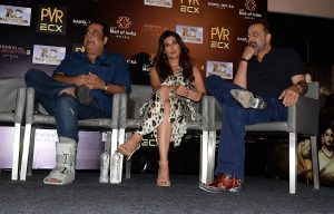 Sanjay Dutt, Jimmy Shergill, Rahul Mittra along with the cast of 'Saheb, Biwi Aur Gangster 3' witnessed for the promotions!