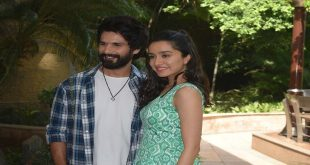 Batti Gul Meter Chalu promotions in New Delhi by Shahid & Shraddha!