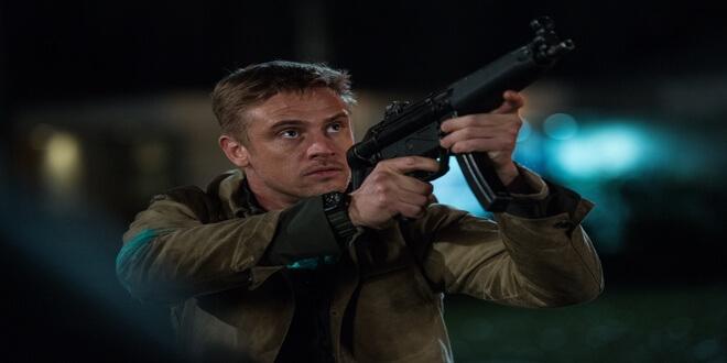 The Predator – Boyd Holbrook, Quinn McKenna