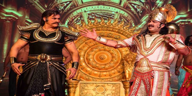 Manoj Tiwari as Angad &  Punit Issar as Raavan, set stage on fire in LuvKush Ramleela!