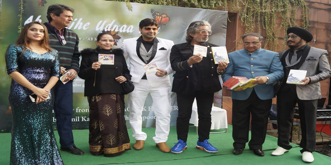 "The bestselling author Sunil Kapoor launched his poetic book ""Punam Ka Chand"" in Nations Capital!"
