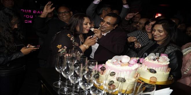 Veteran actor Satish Kaushik rocked the dance floor at friend Shilpi Sharma's birthday-bash!
