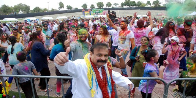 Grand Holi Celebrations in Dubai with Bollywood Dance Tracks