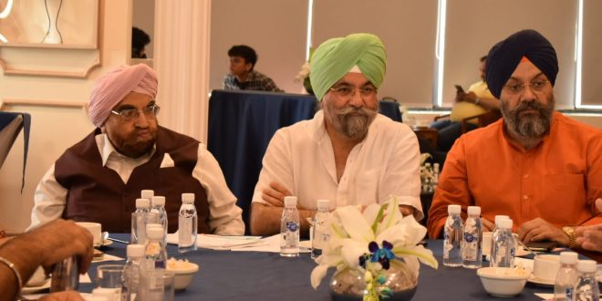 Raju Chadha invites Punjab Forum to discuss Guru Nanak Dev Ji's 550th celebrations