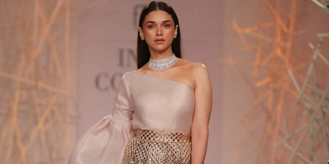 India Couture Week 2019: Aditi Rao looks gorgeous as she walks the ramp for Designer Pankaj & Nidhi