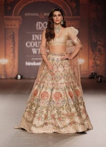 Indian Couture Week: Kriti Sanon looks gorgeous as she walks the ramp for Designers Shyamal and Bhumika