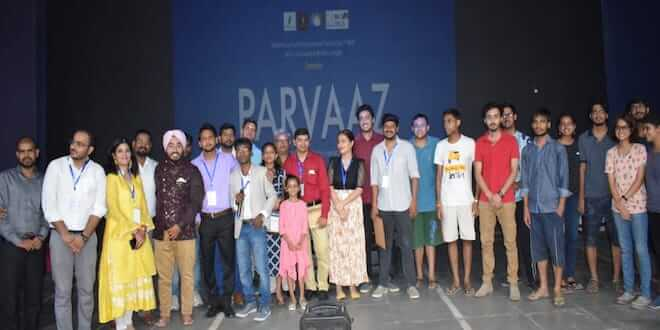 Parvaaz being more Pristine in IIT BHU in association with Literia Insight