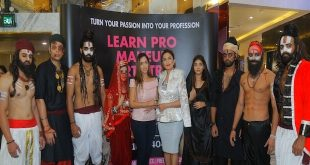 Movie Lal Kaptaan official Hair & Make-up Brand partners with Aashmeen Munjaal Star HAIR & MAKEUP ACADEMY