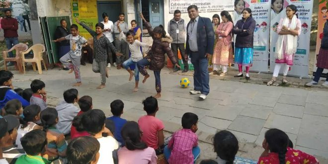 VIBGYOR Students Spread Happiness This Christmas and New Year!