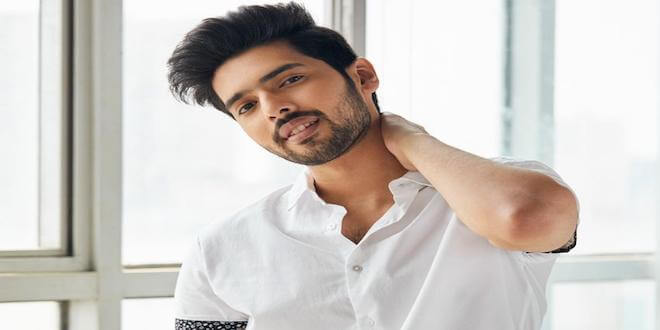 Prince of romance Armaan Malik makes it to the top 50 Sexiest Asian Men 2019 List!