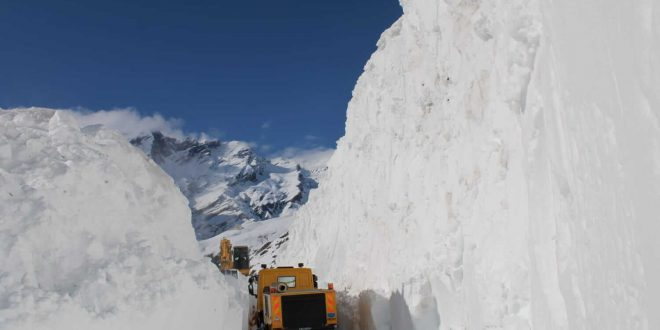 Border Roads Organisation clears Rohtang Pass three weeks in advance despite Covid-19 lockdown