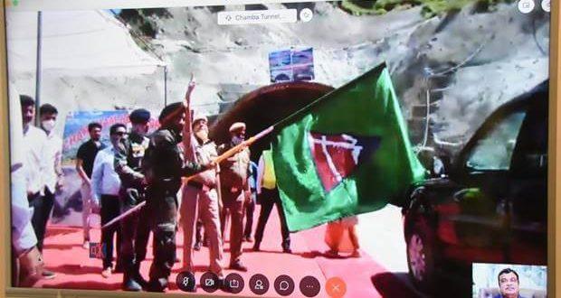 Gadkari inaugurates the breakthrough event of Chamba Tunnel under Chardham Pariyojana