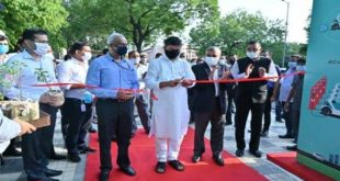 India's first of its kind public EV Charging Plaza inaugurated by Union Power Minister R.K Singh