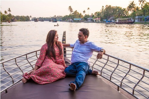"""Travel Local and help the community"" says Travel Bloggers Vishu and Saumya"