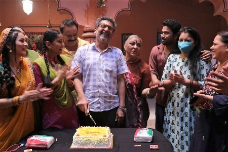 A working birthday for Ravi Mahashabde from &TV's Gudiya Humari Sabhi Pe Bhari