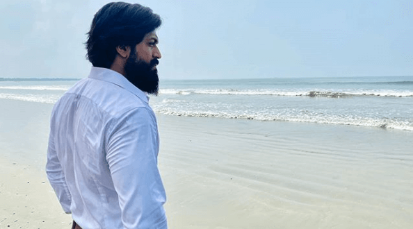 """Yash resumes shooting for KGF 2 as """"Rocky sets sails from today"""""""