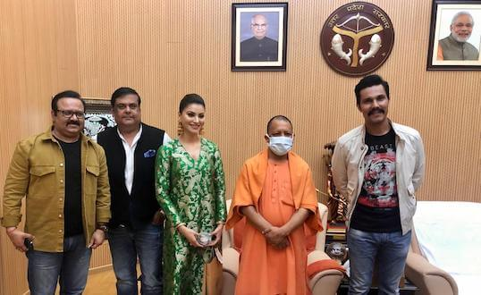 Randeep Hooda, Rahul Mittra & Urvashi Rautela meet CM Yogi