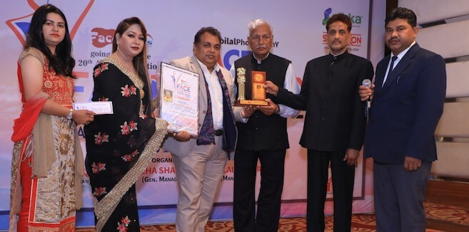 Shailesh Giri and Usha Mishra honored with 'FACE Rashtriya Gaurav Award