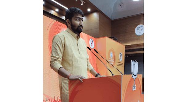 Kailash Kumawat, an encouraging politician, elevating the methods of politics through social media.